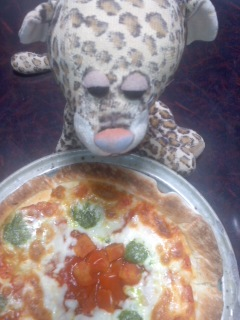 ピザに首ったけのひょう